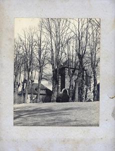 Blick vom Weserwall auf den Stockturm. Im Bild: Turnhalle der Friedrich-Ebert-Schule. Aufnahme 1940er/1950er Jahre