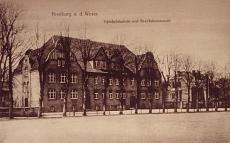 Schloßplatz. Friedrich-Ebert-Schule und Bezirkskommando